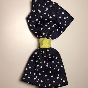 Navy blue and white 6 inch hair bow with green